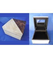 Jewell Box Contrast Banana/Bone