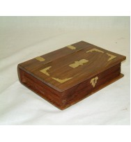 Book Box with brass center (S)