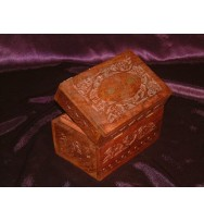 Box Carved (Oil) 6x4x4""